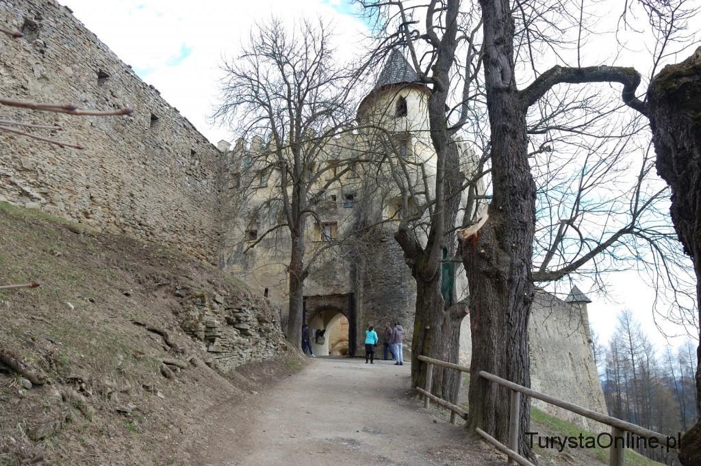 Turystaonline.pl Zamek Lubowla (15)