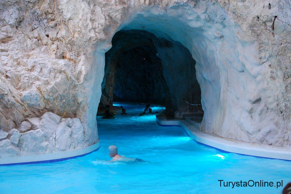 Cave bath Miskolctapolca (6)