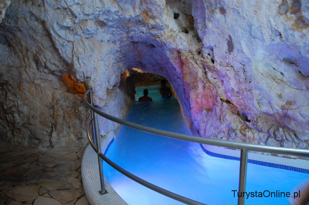 Cave bath Miskolctapolca (7)