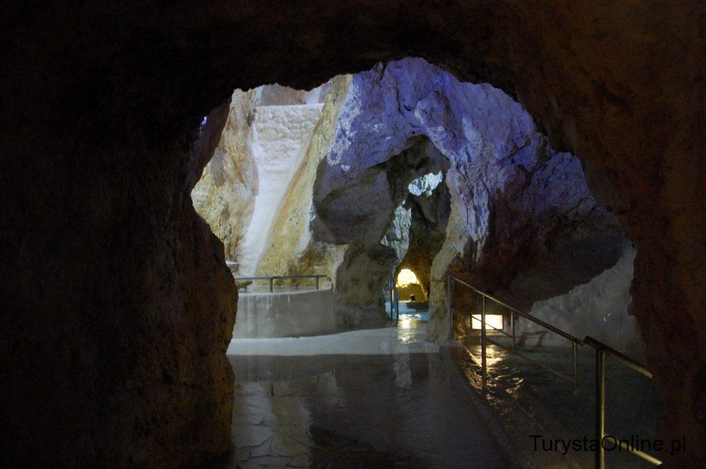 Cave bath Miskolctapolca (8)
