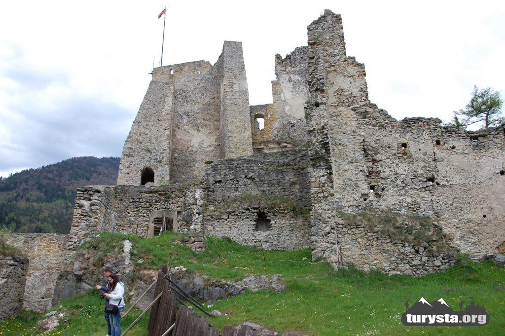 zamek-likawa-ogolnie-1
